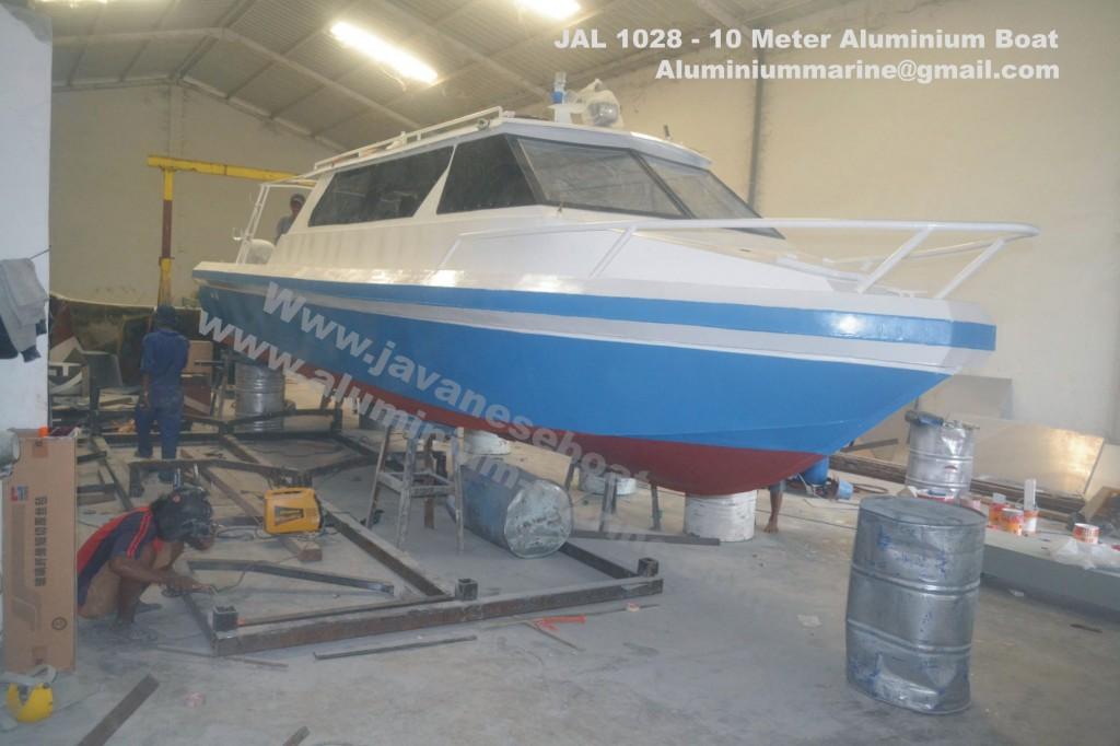 JAL 1028 Javaneseboat